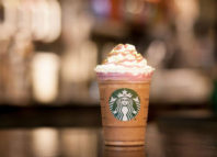 Starbucks excede la dosis de azúcar recomendada por OMS
