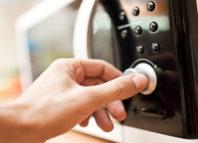 Se pierden nutrientes al cocinar en el microondas