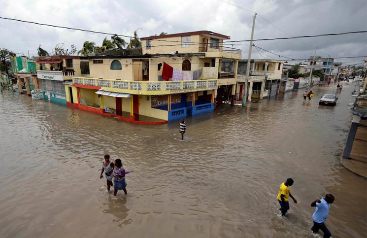 Matthew deja 1000 muertos en Haití