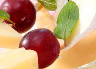 Brochetas con uvas
