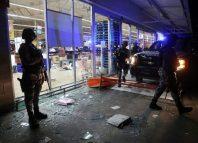 Peña Nieto no logra calmar protestas y disturbios