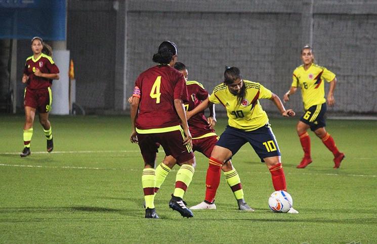 Honduras y Colombia triunfaron en la primera jornada