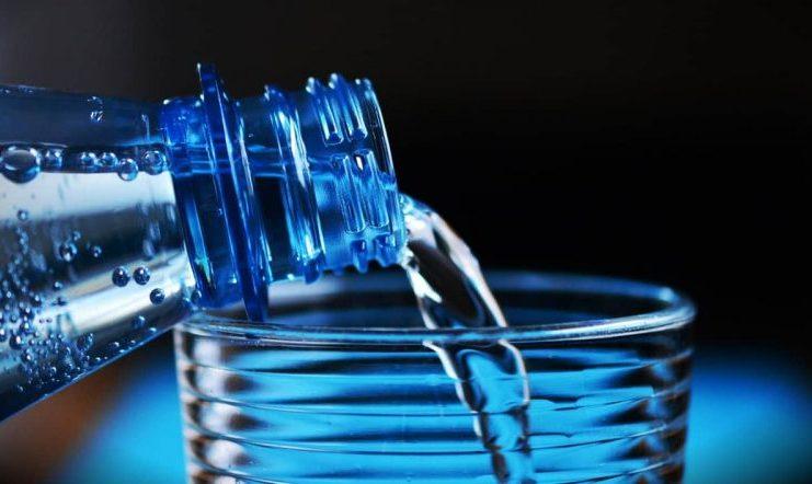 ¿Cómo potabilizar el agua? ¡Conoce estos 3 métodos caseros!