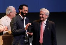 Escritor venezolano Rodrigo Blanco Calderón gana la II Bienal Vargas Llosa