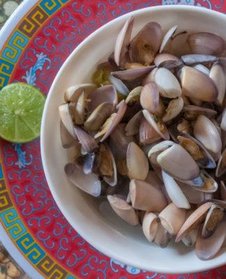 Consomé de Chipi Chipi